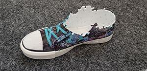 3D Puzzle Sneaker halb